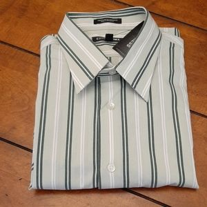 NWT - EXPRESS MEN'S DRESS SHIRT - SZ LARGE